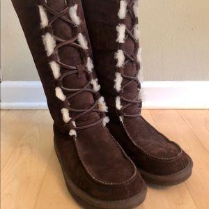 UGG Shearling Appalachian Boots sz 6